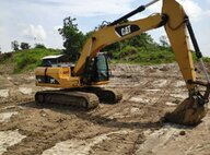 Used Caterpillar (CAT) 320D Excavator For Sale in Singapore