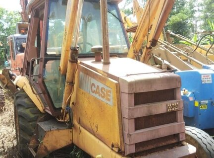 Used Case 580K Backhoe Loader For Sale in Singapore