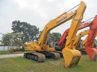 Used Komatsu PC200-8 Excavator For Sale in Singapore