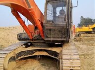 Used Hitachi EX200LC Excavator For Sale in Singapore