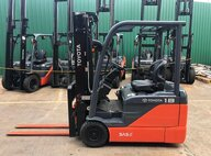 Used Toyota 8FBE18 Forklift For Sale in Singapore