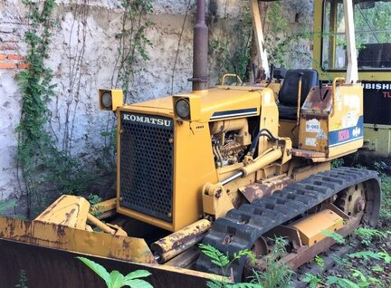 Used Komatsu D20A Bulldozer For Sale in Singapore