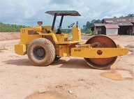 Used Sakai SV91 Compactor For Sale in Singapore