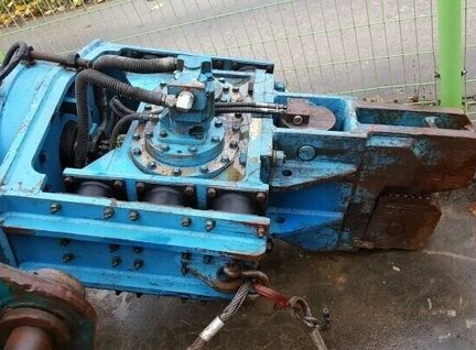 Used Others Dedong Vibratory Hammer Spare Part For Sale in Singapore