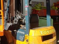 Used Toyota 02-7FD15 Forklift For Sale in Singapore