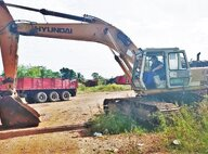 Used Hyundai 320-3 Excavator For Sale in Singapore