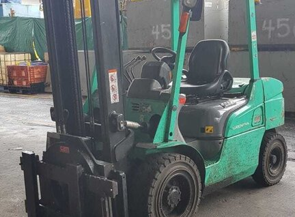 Used Mitsubishi FD30NT Forklift For Sale in Singapore