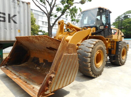 Used Caterpillar (CAT) 966H Loader For Sale in Singapore